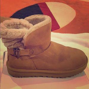 UGG tan boots